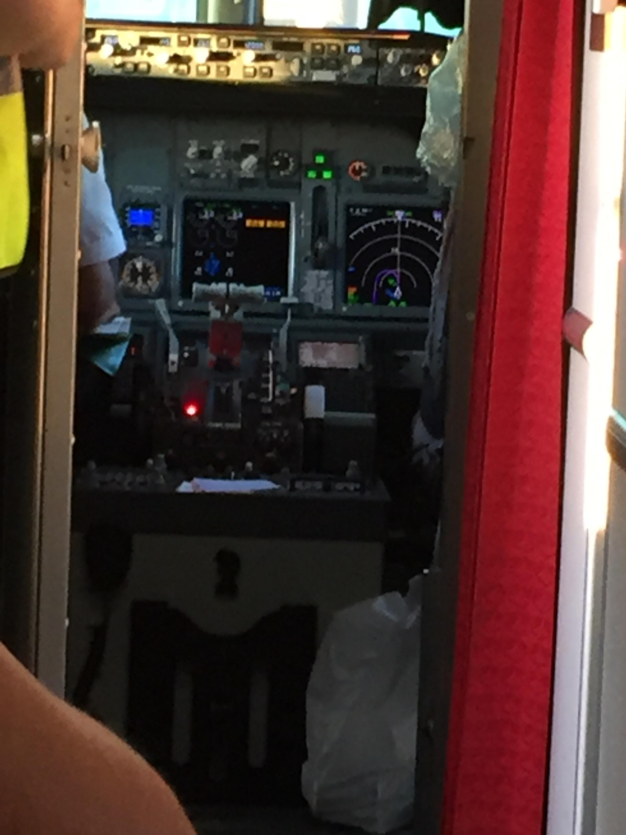 IMG_7979 ER PILOTEWN DER ?