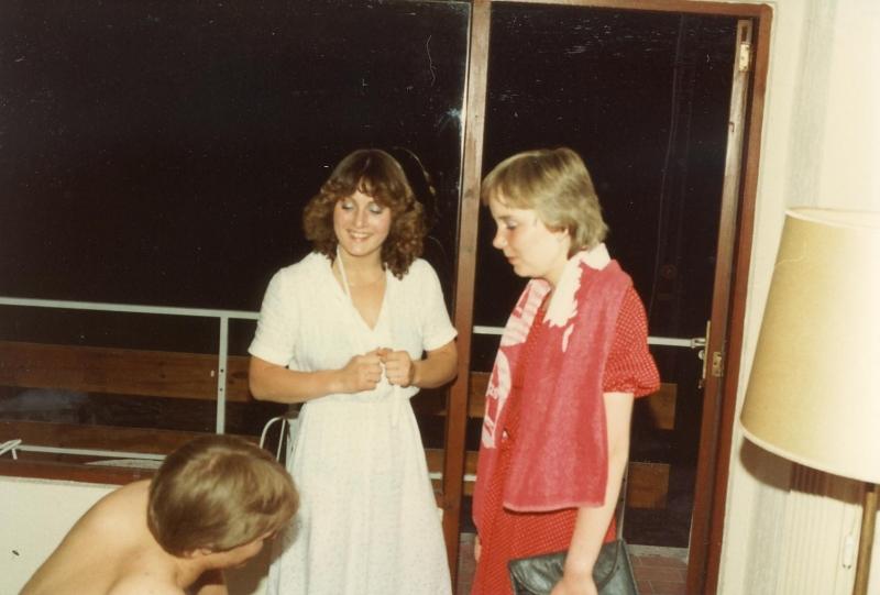Scan10773 DORTE OG BIRGITTE 30-05-1982