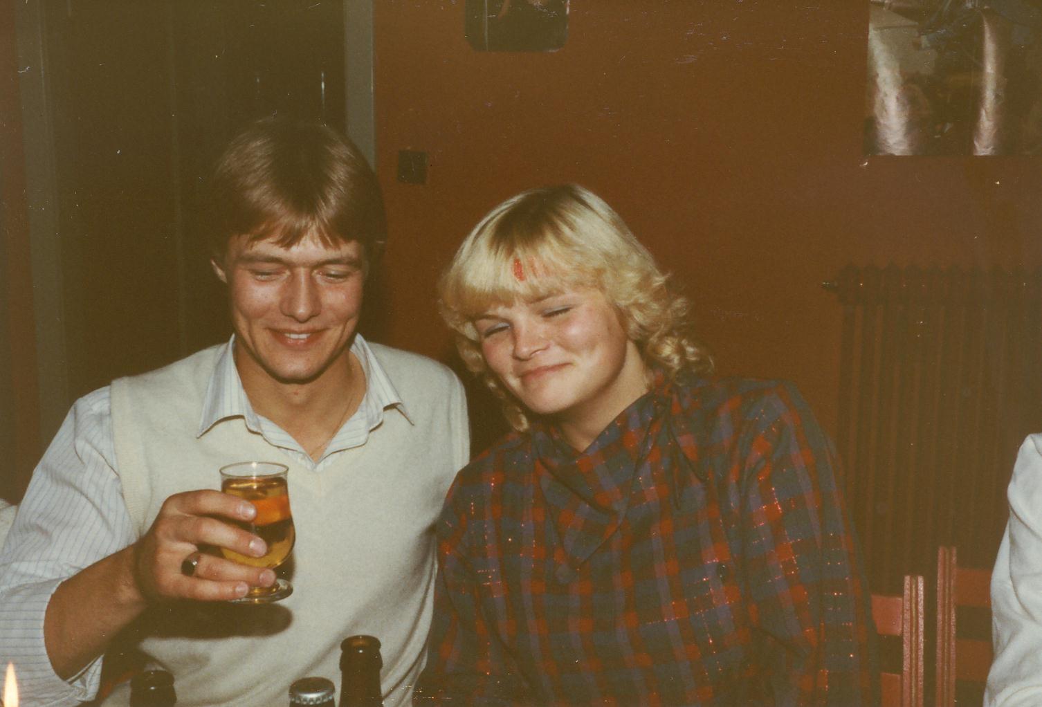 Scan11059 OLE OG LOTTE 02-10-1982