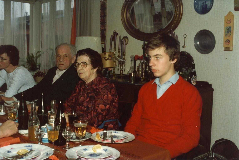 Scan11176 ELLEN 79 ÅR 26-04-1983