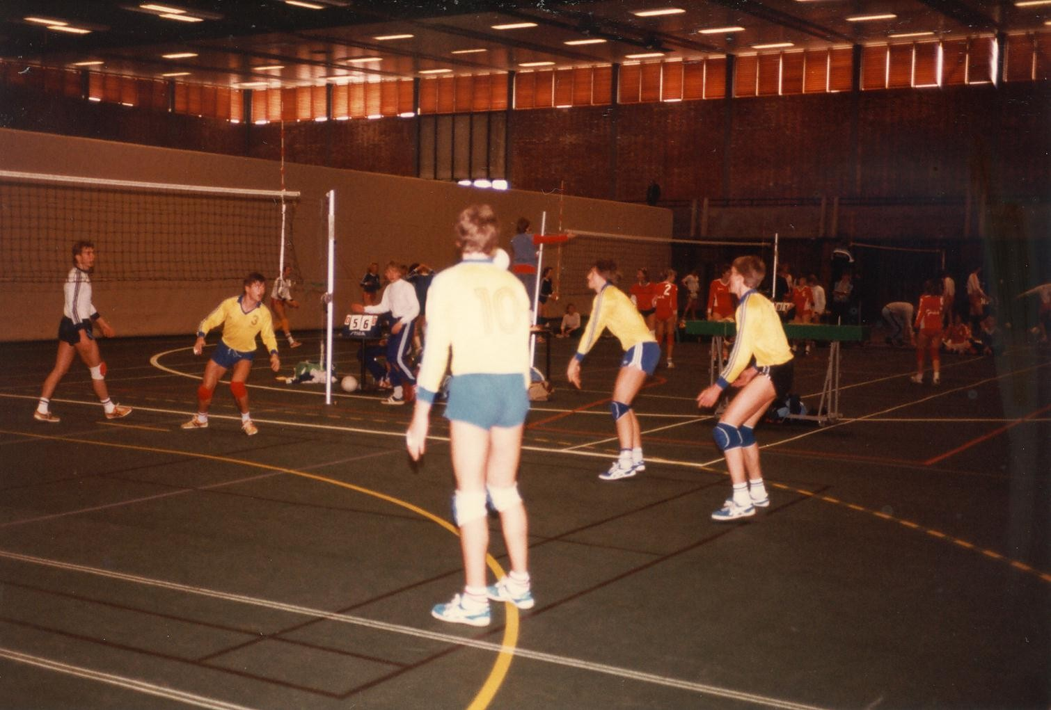 Scan11191 VOLLEY 21-23-05-1983