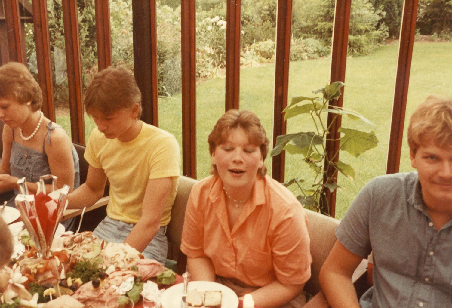 Scan11214 JES ANYA OG GERT 02-07-1983