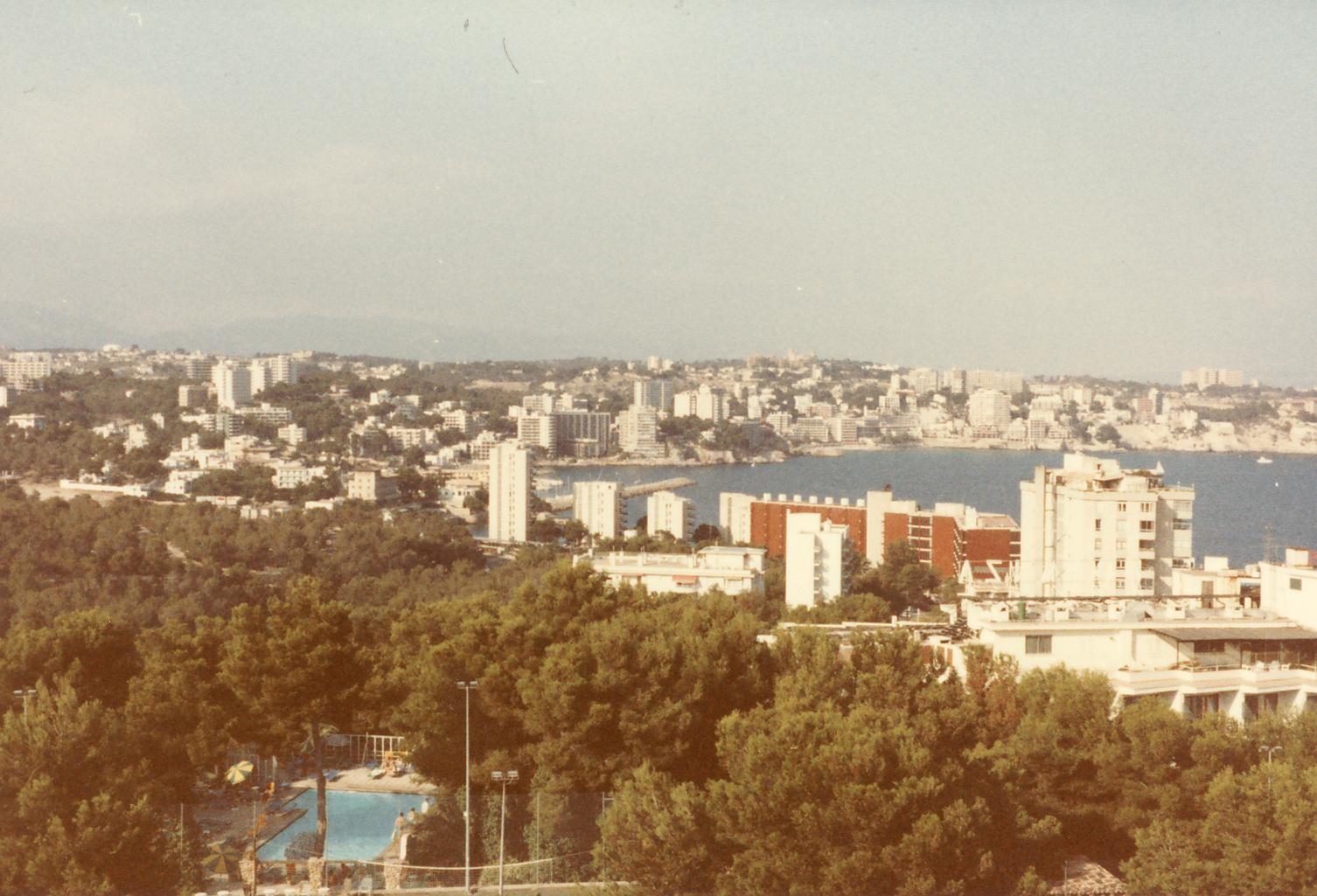 Scan11421 UDSIGT OVER PALMA 1983