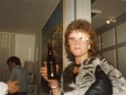 Scan12573  ANETTE DRIKKER ØL 8-11-1986