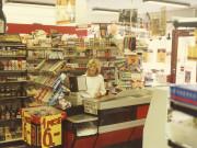 Scan12839 HELLE I BUTIKKEN 21-09-1987