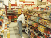 Scan12841 HELLE I BUTIKKEN 21-09-1987