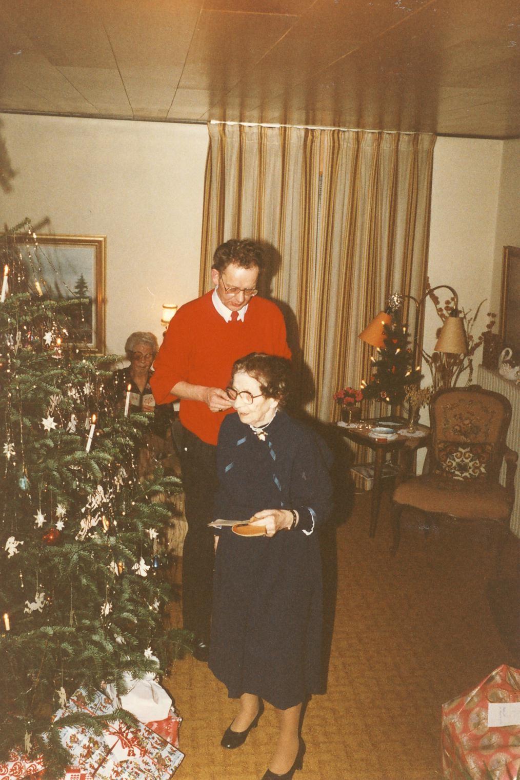 Scan13117 JULEAFTEN 1988 ELLEN OG MOGENS