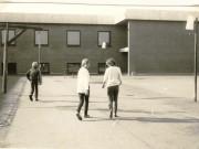 Scan13828 SKOLEN 1982 TINA JENSEN 8A, HENRIETTE MØLBJERG 8D OG PREBEN THOMSEN 8C