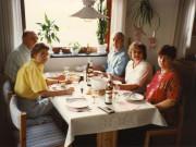Scan14592 KAMMA, JØRGEN, CARSTEN, TOVE OG TRINE 06-07-90