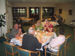 IMG_5058 BADMINTON TYSKLANDSTUR 15-04-05 (19) MORGENMAD