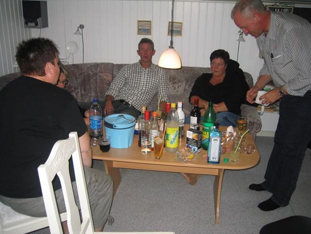 IMG_8822 VINSMAGNING I SÆBY 06-09-2008 (8)