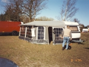 Scan15635 GURLI OG LASS CAMPINGVOGN 09-04-95