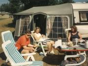 Scan15656 CAMPING TRINE, GURLI OG LISSY 09-07-95